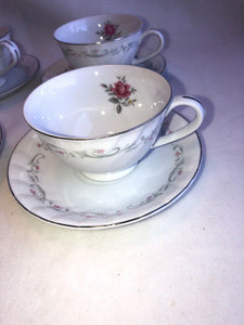 Royal Swirl by FINE CHINA OF JAPAN Set Of 4 Cups And Saucers