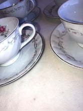 Load image into Gallery viewer, Royal Swirl by FINE CHINA OF JAPAN Set Of 4 Cups And Saucers