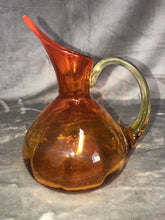"Load image into Gallery viewer, Blenko Amberina Eames Era Atomic MCM Carafe Pitcher 7.5"" Tall"