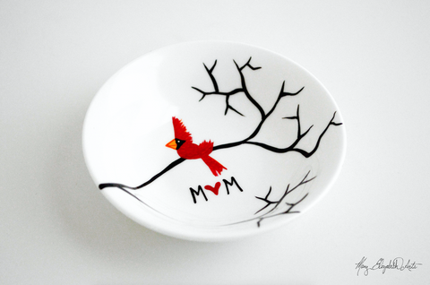Cardinal Red Bird Personalized Ring Dish for Mom