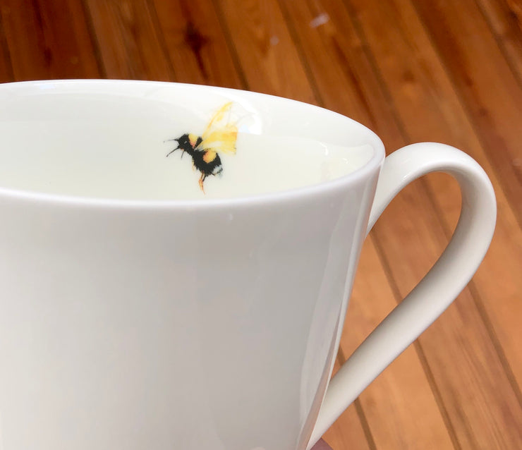 Honeybee Mug - Dishwasher Safe