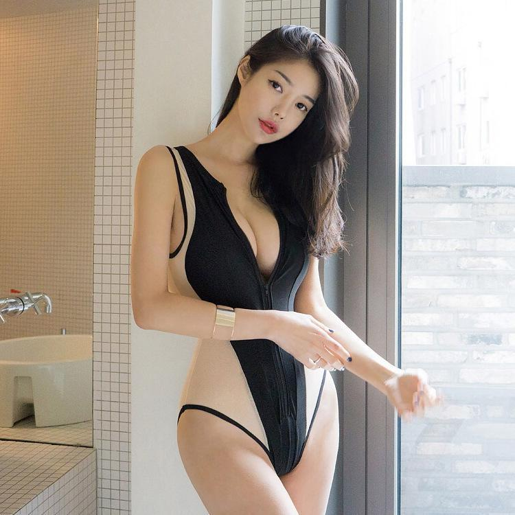 Hyuna High Cut Monokini