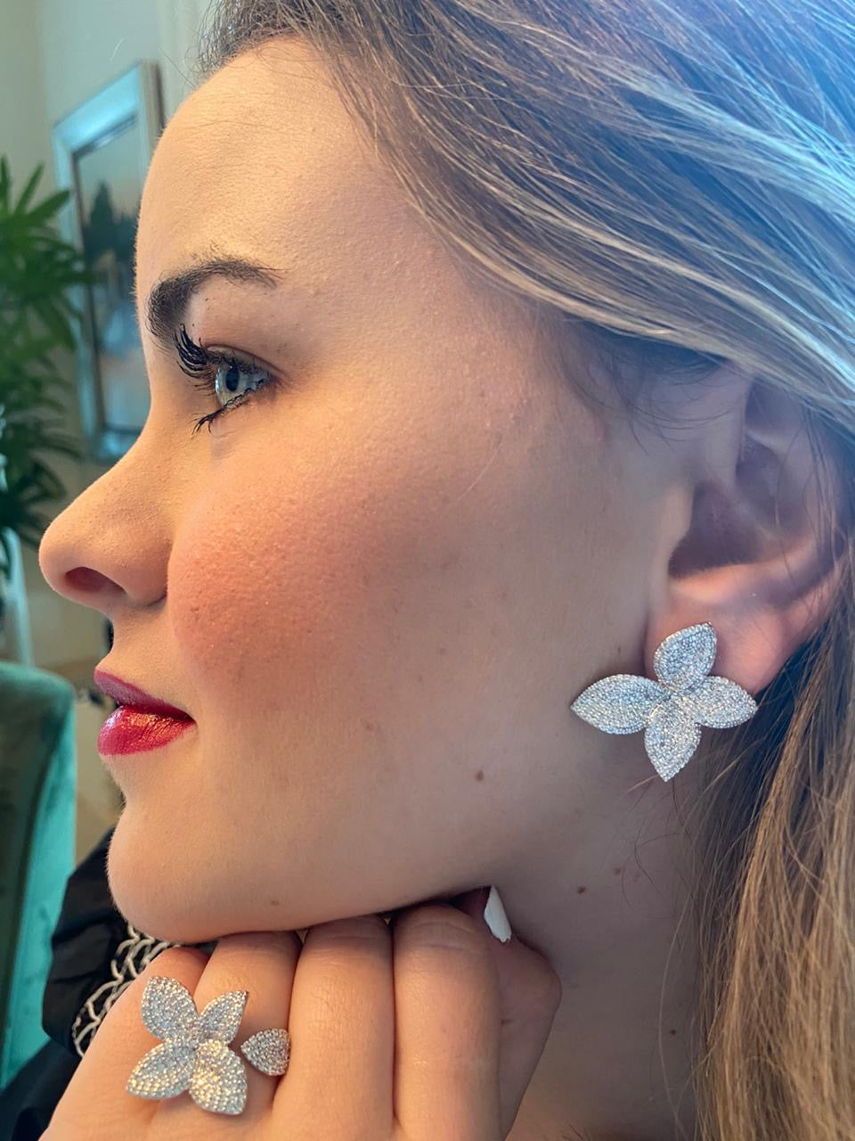 Flower Zirconia Silver Earrings