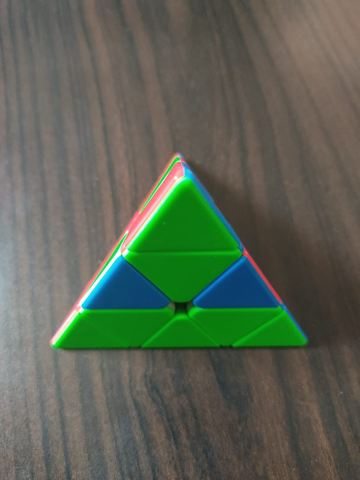 how to solve a pyraminx easy