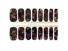 Load image into Gallery viewer, Vintage Floral Nail Wrap Set