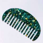 Curved Comb