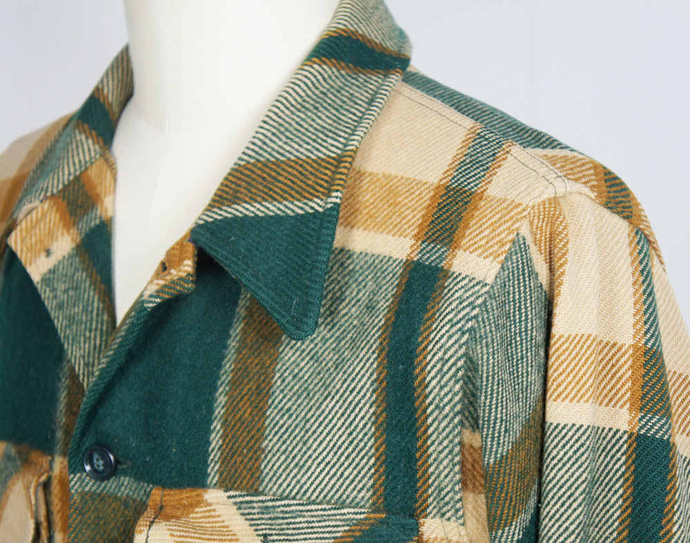 1960's Green & Brown Striped Plaid Woolrich Flannel Shirt Jacket - Size M