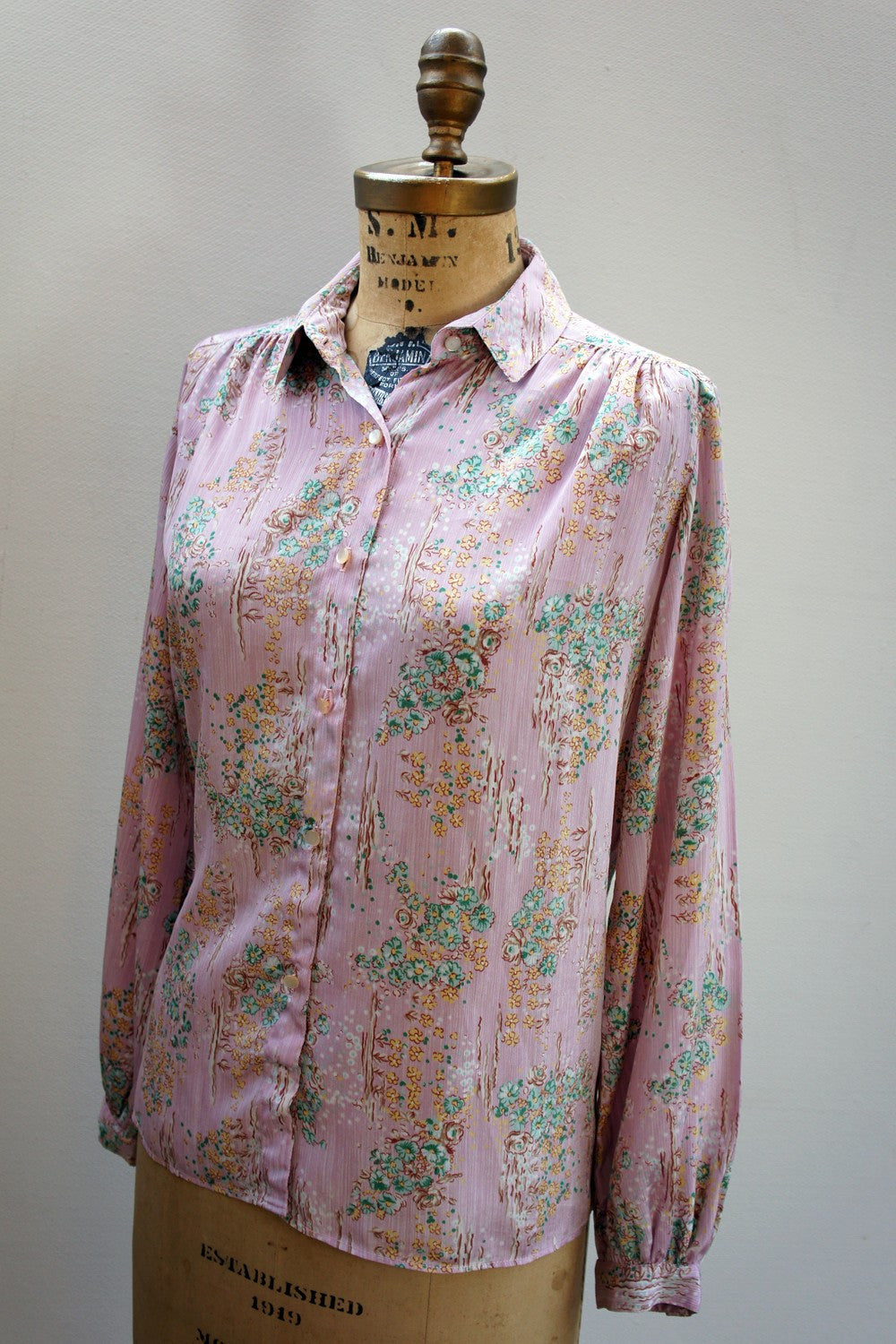1970's Long Sleeve Lilac Blouse, Size L