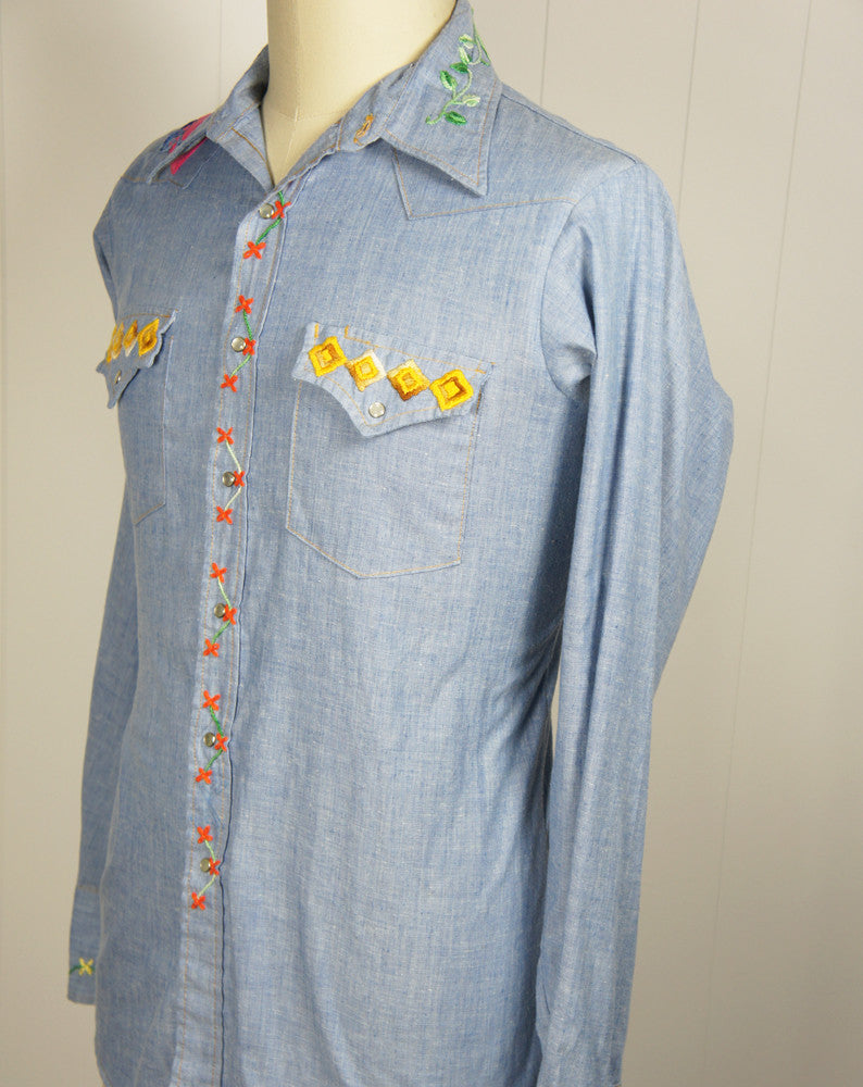 Chambray Western Pearl Snap Shirt w/ Embroidery - Size L