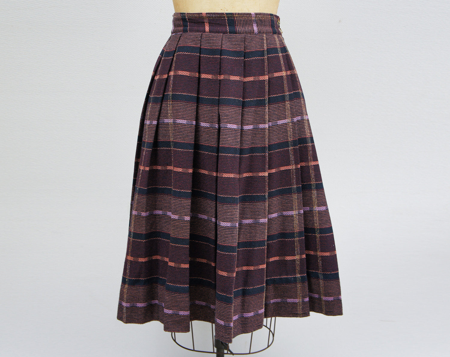 1950's Lilac Pleated Wool Skirt - Size S