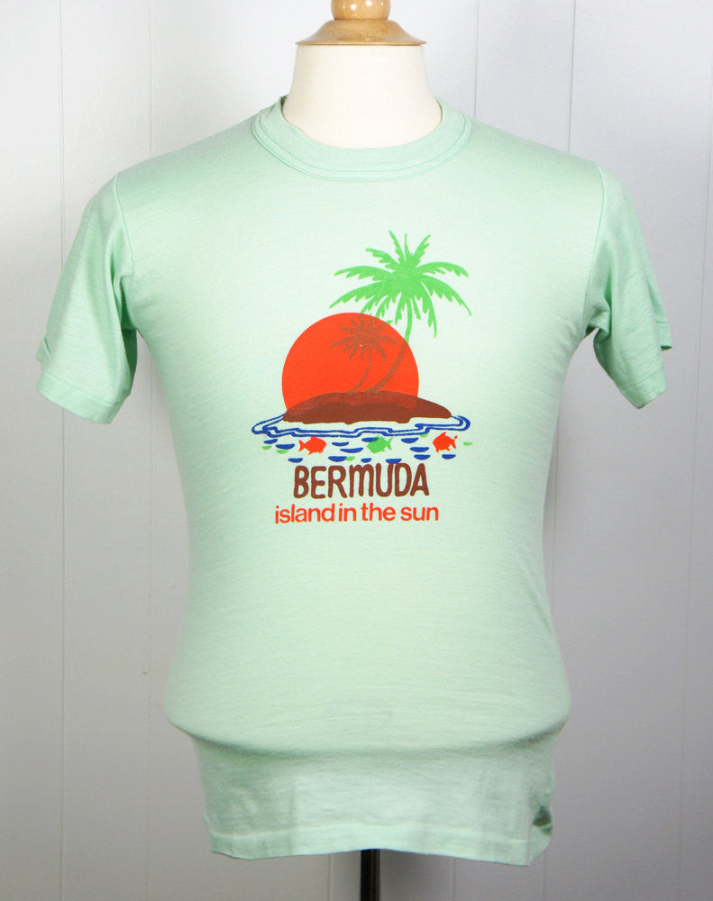 1980's Bermuda, Island In The Sun T-Shirt - Size S