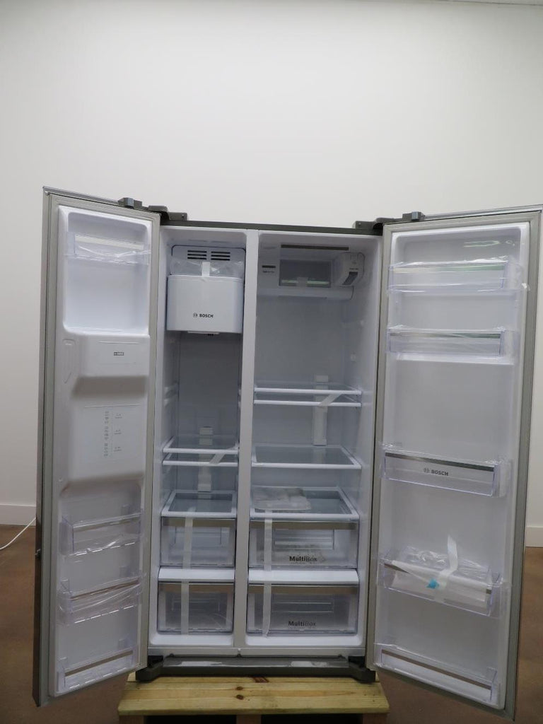 "Bosch 300 Series 36"" Side by Side Ice Water Dispenser Refrigerator B20CS30SNS - Alabama Appliance"