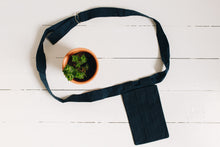 Load image into Gallery viewer, The Logia Pocket-Bag - Heath Blue