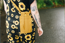 Load image into Gallery viewer, The Logia Pocket Bag - Heath Yellow