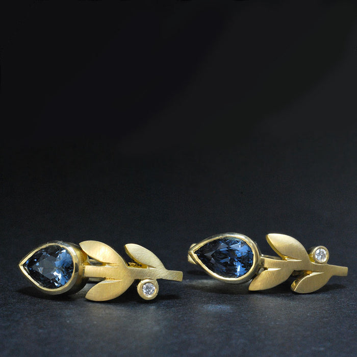 Gold Earring with Blue Spinel and Diamond