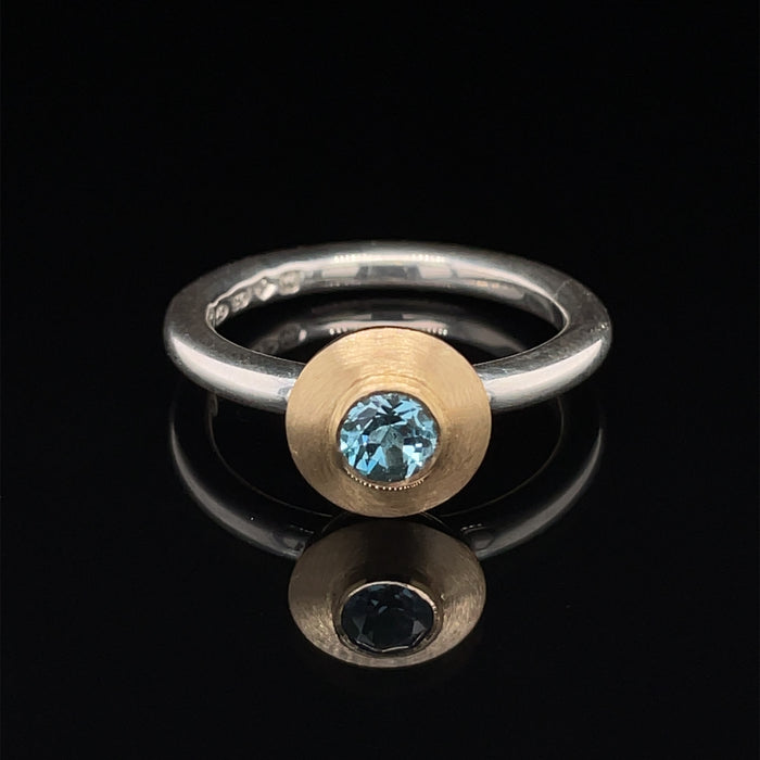 18ct Gold and Silver Ring with Topaz