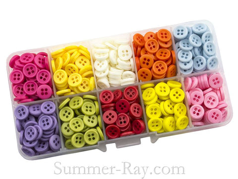 Doll Buttons 9mm (4 eye) in Storage Box - 750 pieces