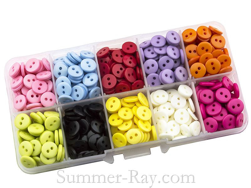 Doll Buttons 9mm (2 eye) in Storage Box - 750 pieces