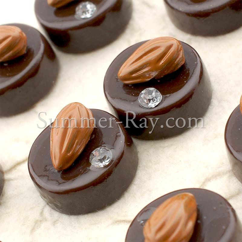 Cabochon Resin Almond Chocolate