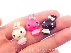Cabochon Resin Bunny with Bow