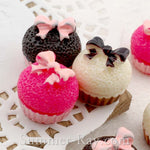 Cabochon Resin Cupcake with Bow