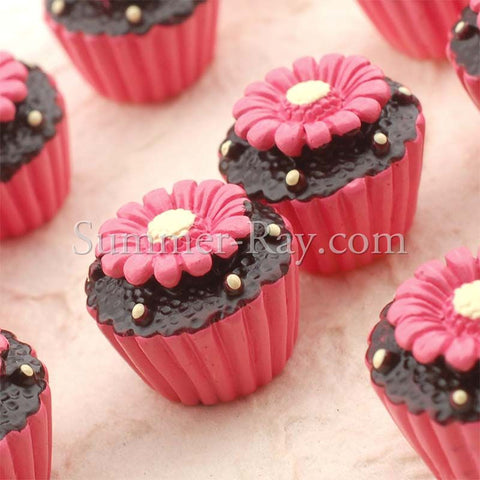 Cabochon Resin Flower Cupcake