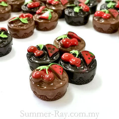 Cabochon Resin Fudge Fruit Cake