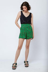 Good gardening shorts - green leopard