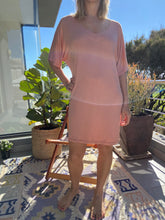 Load image into Gallery viewer, Freda and dick V tunic dress - Peach