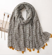 Load image into Gallery viewer, Scarf - olive small ditsy print