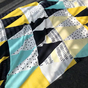Scarf - pale yellow blue retro
