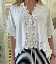 Load image into Gallery viewer, Lila Rose lace trim top - White stretch viscose