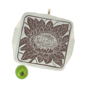 Spaza Dish and Casserole Cover Protea Print Square | for square bakes