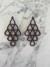 Load image into Gallery viewer, Leather lasercut earring