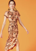 Load image into Gallery viewer, Crave scoop neck belted dress - Tan Kasey print