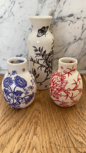 Hand-painted porcelain vase - small
