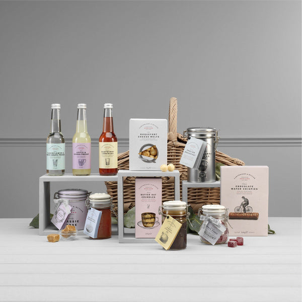 The Aysgarth Picnic Hamper - croftonandhall