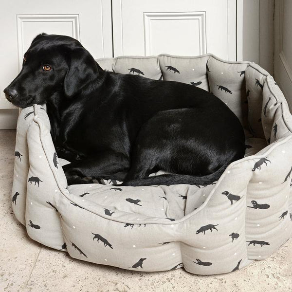 Labrador Dog Bed - Large - croftonandhall