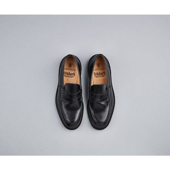 James Penny Loafer in Black - croftonandhall