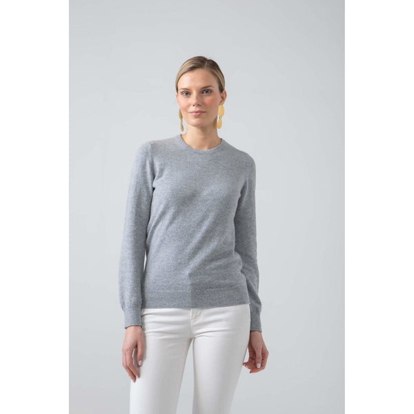 Classic Round Neck Cashmere Jumper in Silver - croftonandhall