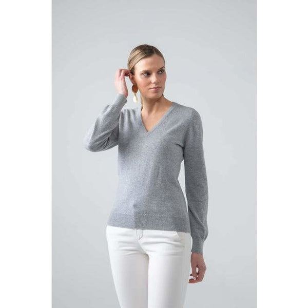 Classic V Neck Cashmere Jumper in Silver - croftonandhall