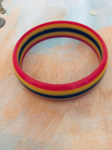 Retro striped bangle