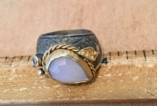 Tear drop rose quartz mixed metal ring