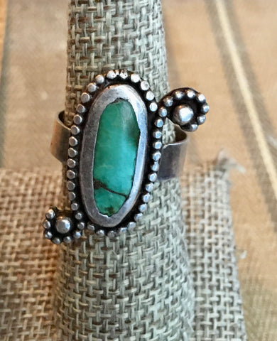 Funky vintage turquoise ring