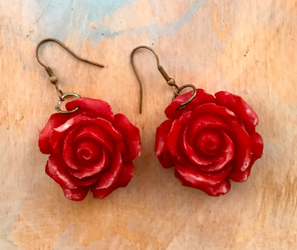 Red red rose earrings