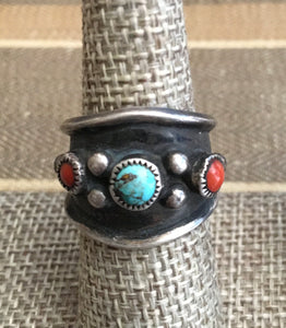 Wide band coral and turquoise vintage ring