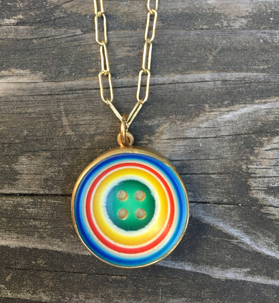 Vintage rainbow button necklace