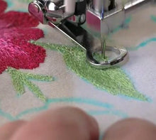 Load image into Gallery viewer, Darning Presser Foot (For Embroidery)