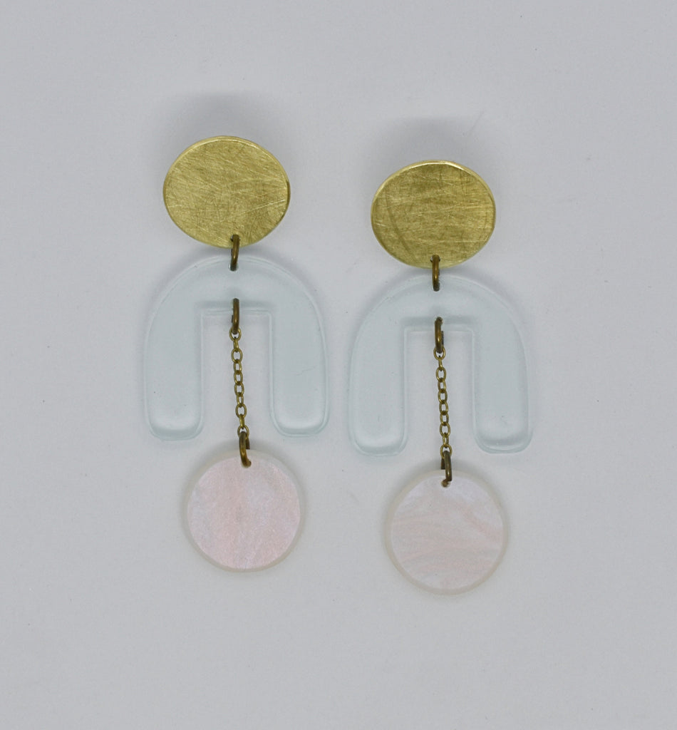 Drake Earrings - Transparent Iridescent Pearl