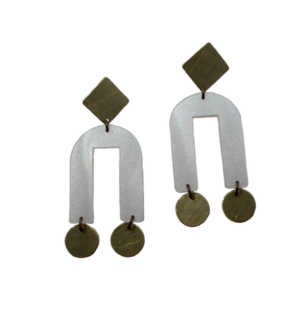Presidio Earrings - Pearl White